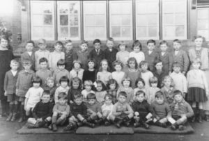 School c.1927 Algy bottom row 3rd from right